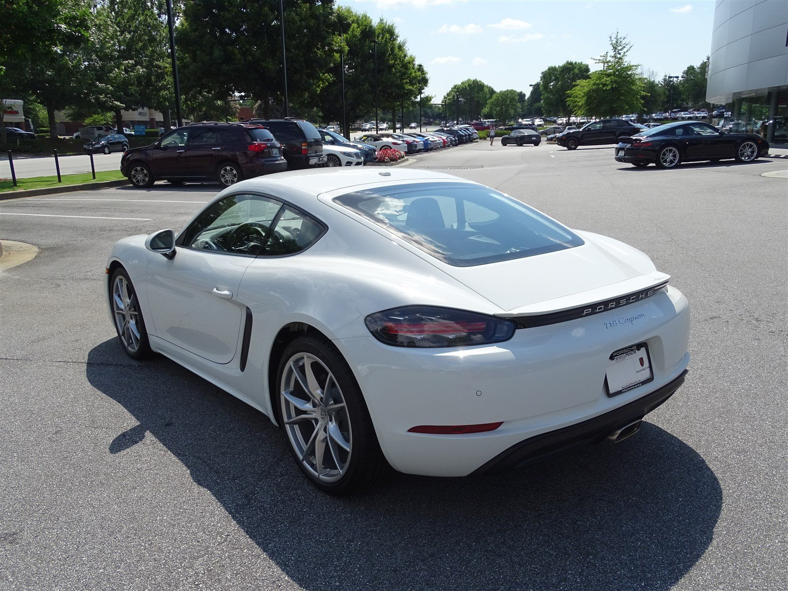 Certified Pre-Owned 2018 Porsche 718 Cayman 2DR COUPE
