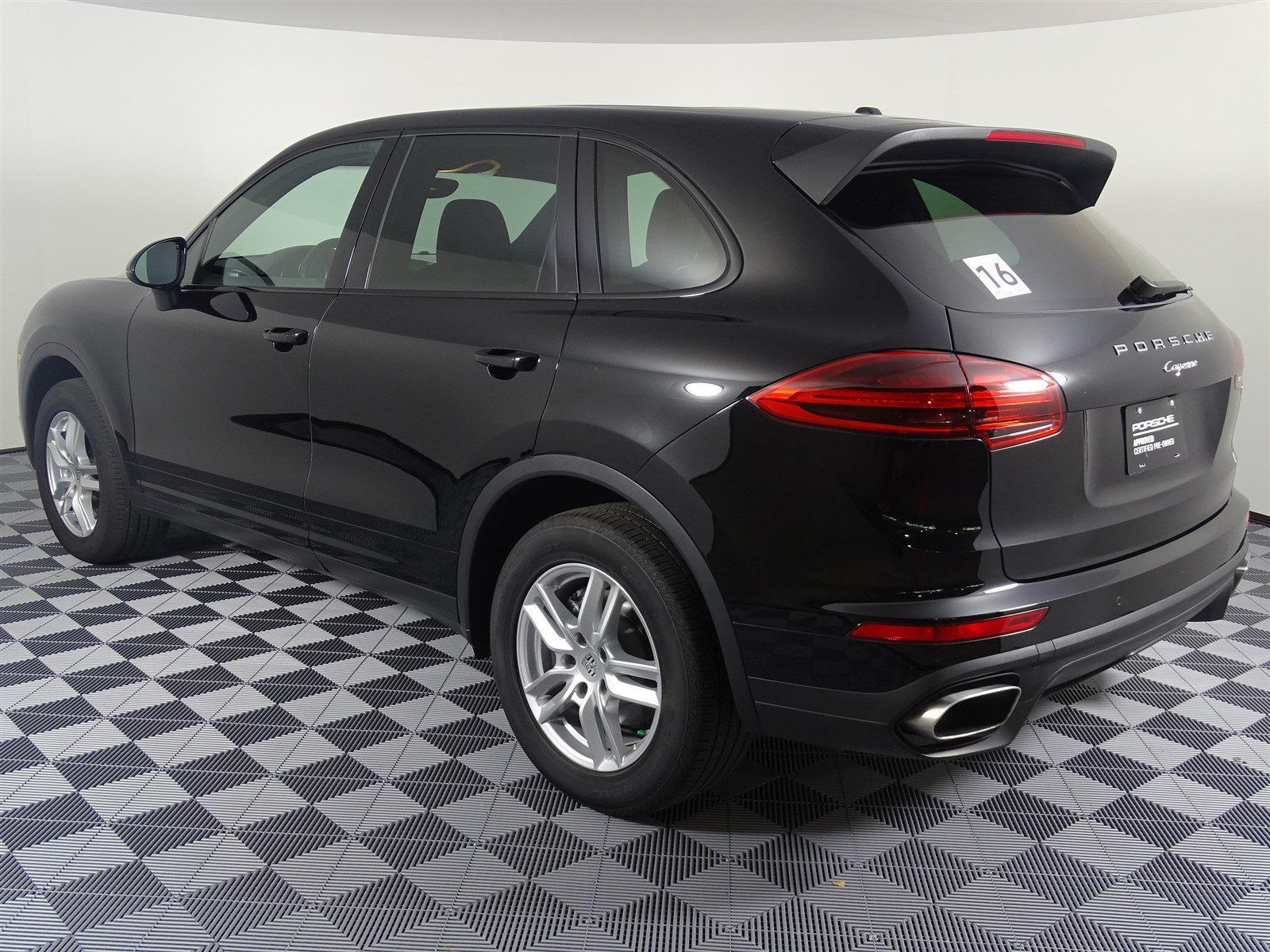 Certified Pre-Owned 2016 Porsche Cayenne 4DR AWD