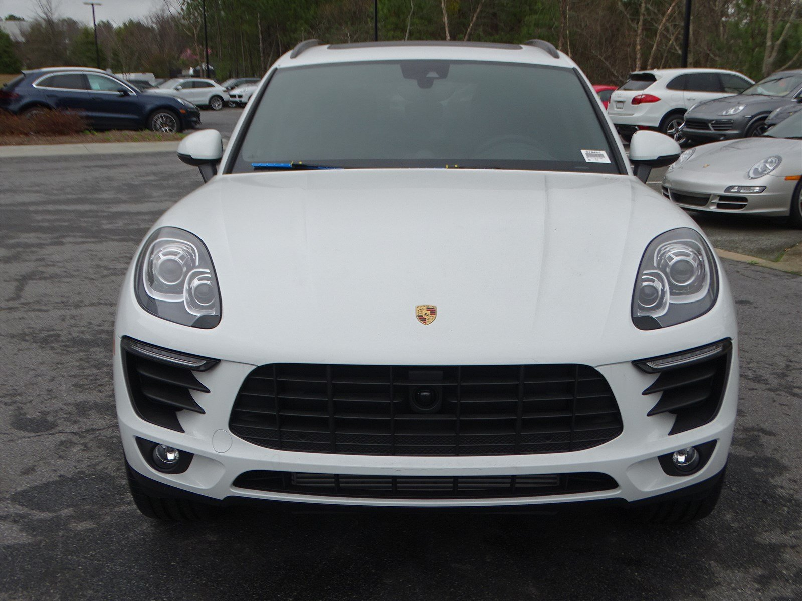 Certified Pre-Owned 2018 Porsche Macan 4DR SUV AWD